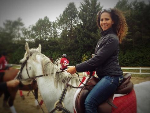 Un plaisir de monter à cheval pour le boulot!