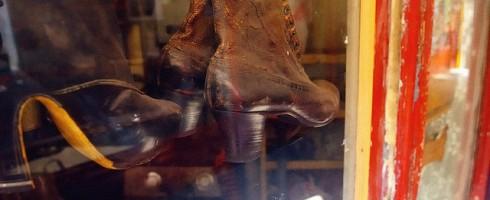 Des chaussures et de l'appartenance culturelle
